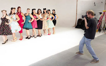 charity pin-up group  B12 Bombshells to support veterans